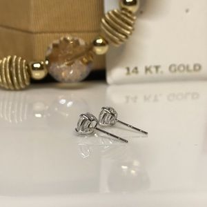 14k white gold 1 carat lab created diamond studs